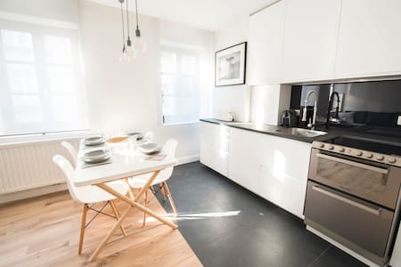 Renovated classy aparts at superbe location! - Ixelles - Apartment