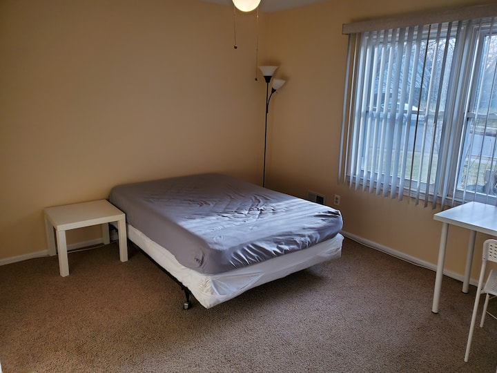 1br with bath 15 mins from Princeton