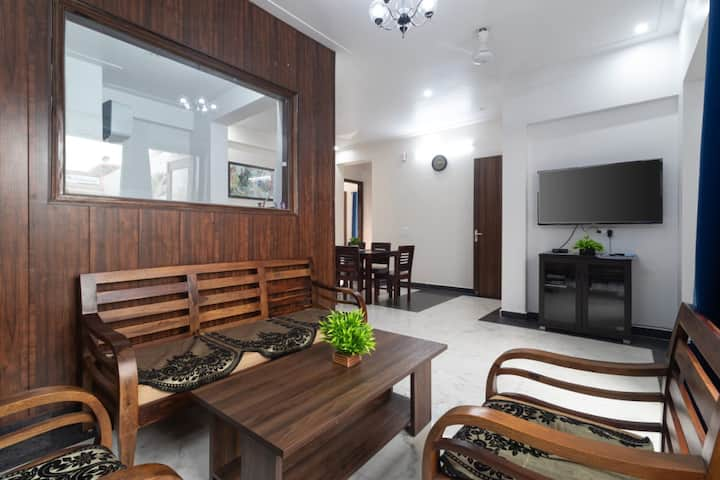 Entire 3 Bedrooms Apartment Olee