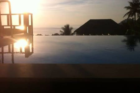 sunrise bungalow with total ocean view 2