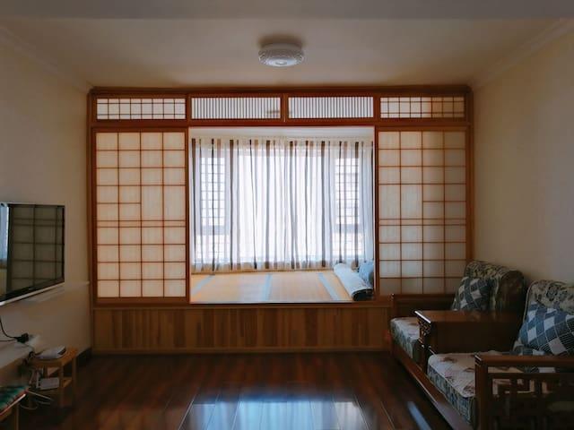 笔架山海滨浴场日式观海海景公寓