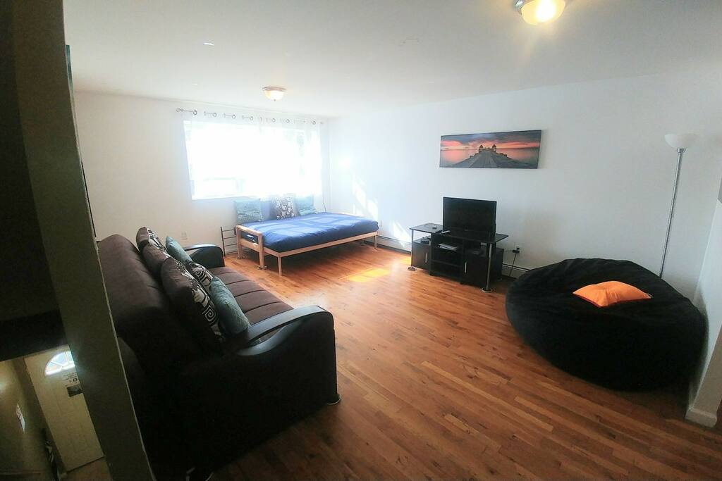 Dynamic Living Room