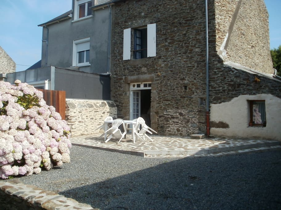 La maison de p cheur houses for rent in cancale bretagne france - La maison des pecheurs ...