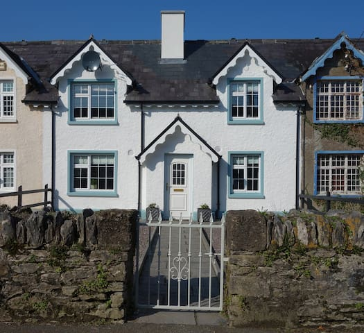 Oatsfield Cottage self catering 4 bedroom house