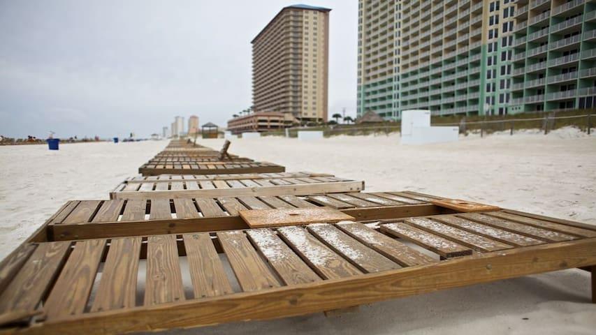 Ocean Front Studio Condo @ Panama City Beach!