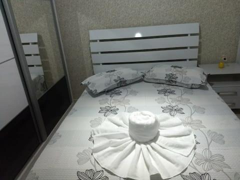 Apartamento em condomínio  com wifi