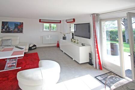 appartement  indépendant  dans villa - Mougins - Apartment