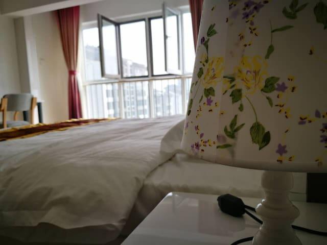 曲阜近孔庙、孔府景区、曲阜师范大学酒店式公寓市政府西邻500米 - Jining