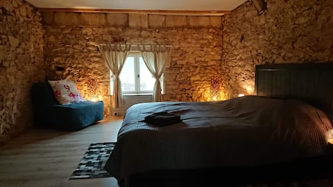 Old Farmhouse for 2 to 12 people
