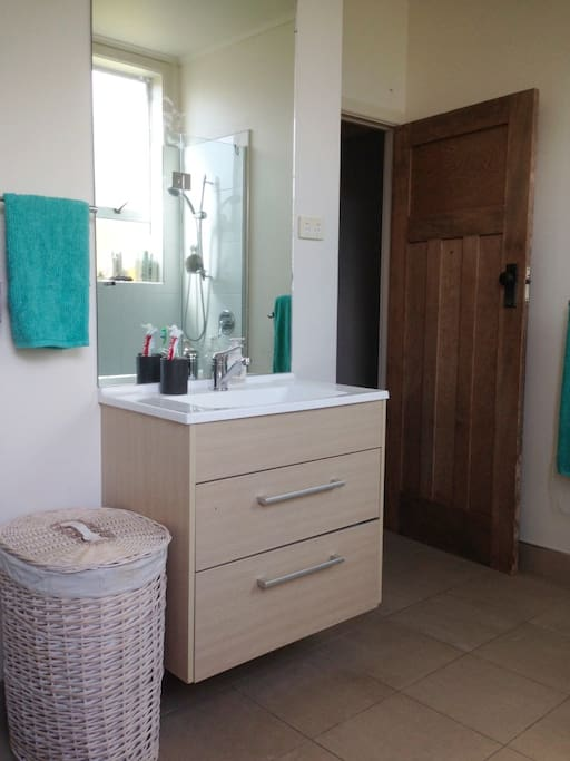 Main shared bathroom