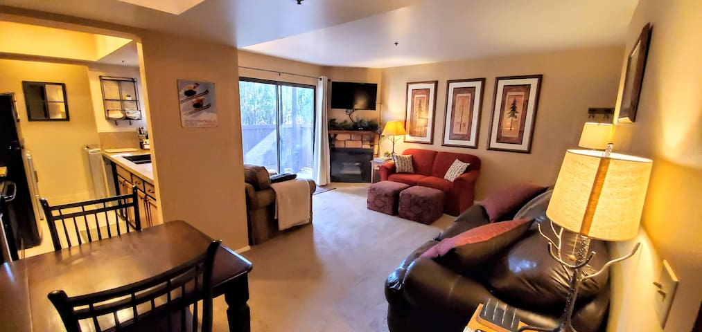 Great location! Comfortable Park City Condo.