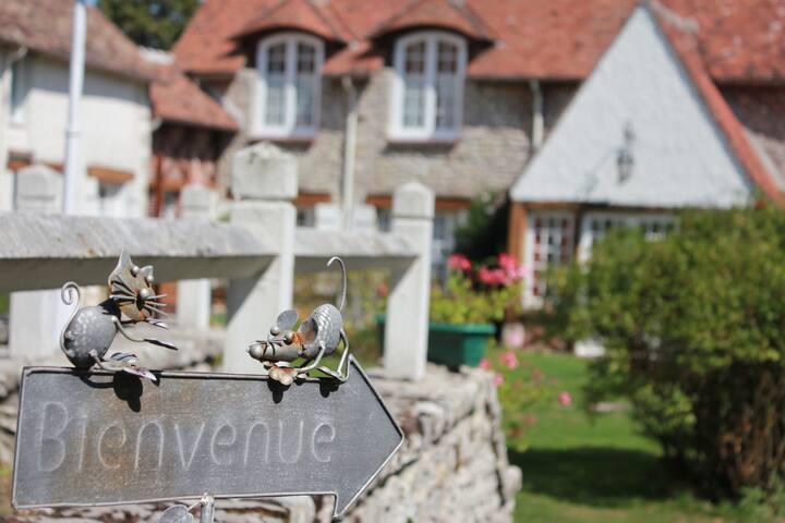 Gîte rural l'étape du gâtinais - Bouville - House