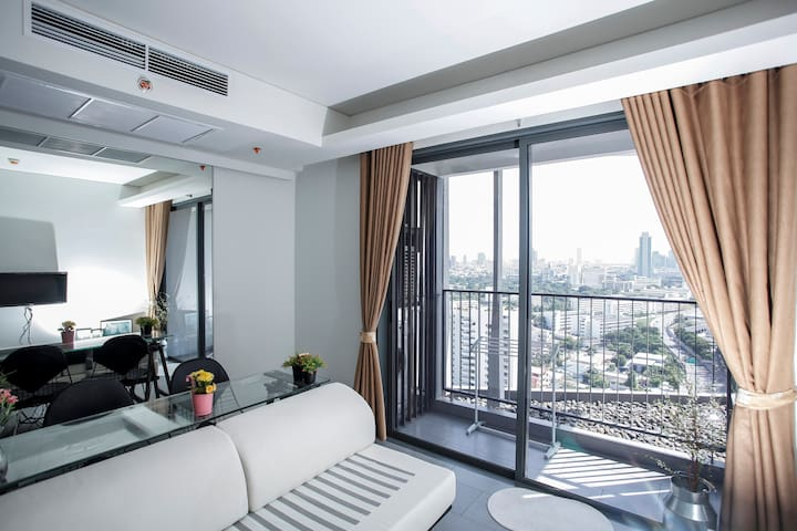 ★Paranomic View Chic Modern★ 5min walk to BTS ARI
