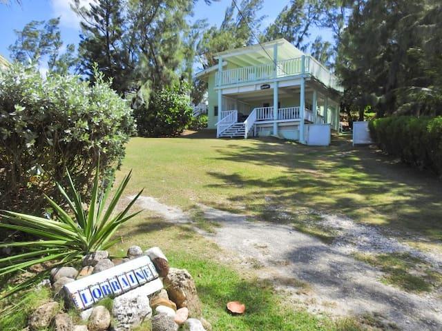 Cattlewash Beach House, Lorraine! Surfers Paradise