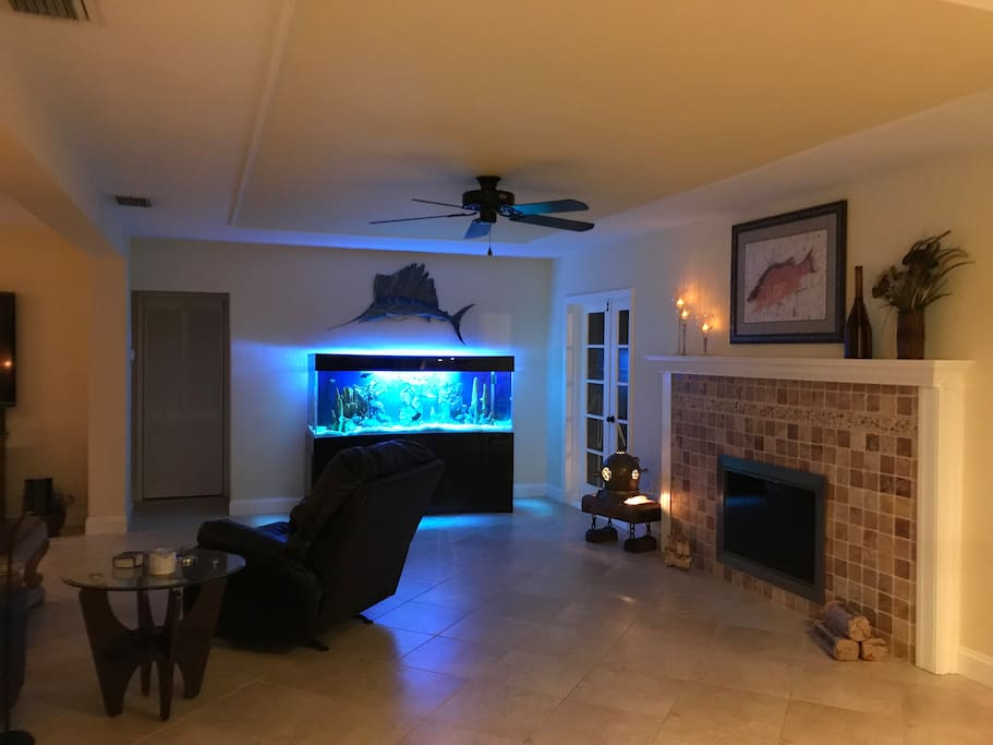 Look for Nemo and Dori! Fireplace for an occasional chilly night.