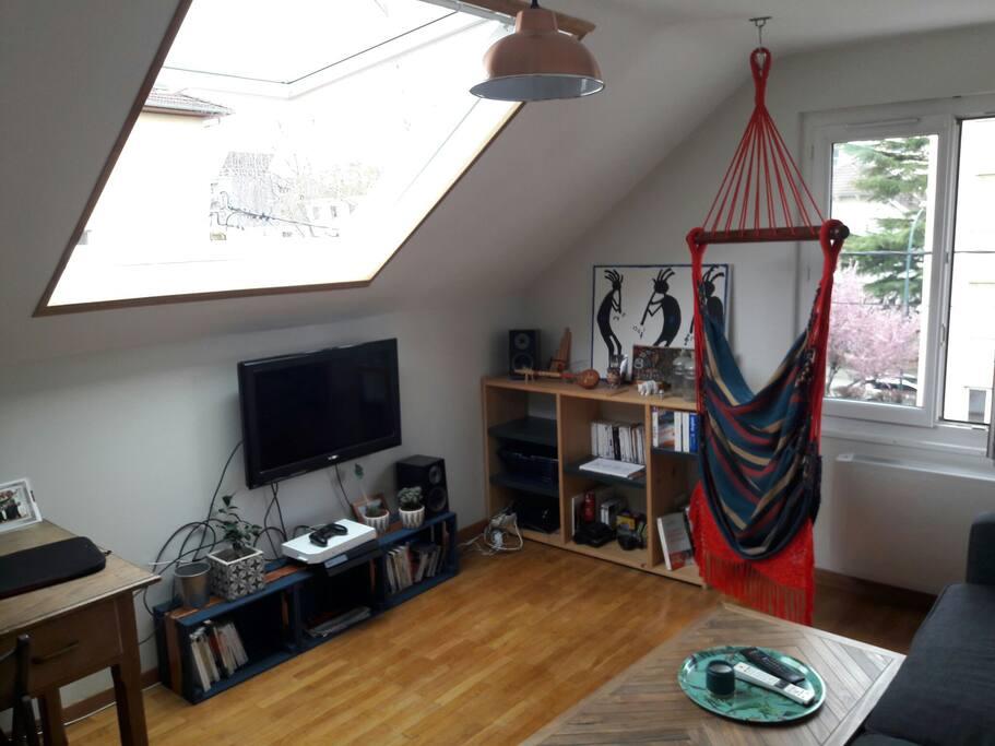 appartement t2 annecy avec place de parking appartements louer annecy auvergne rh ne. Black Bedroom Furniture Sets. Home Design Ideas