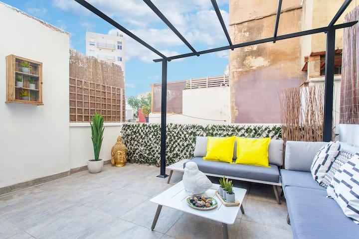 New Concept desing flat  PREMIUM terrace. WIFI A/C