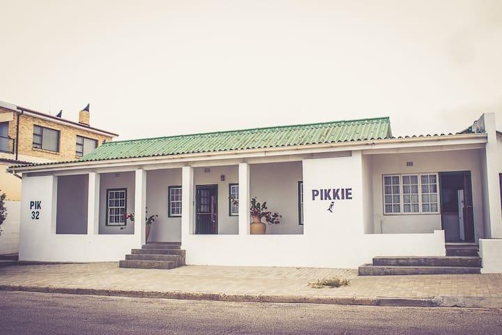 Pik & Pikkie ( two Units)