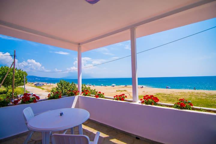 Efi's Villa on the Beach