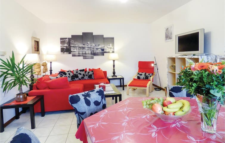 Holiday apartment with 2 bedrooms on 70m² in Karlshausen
