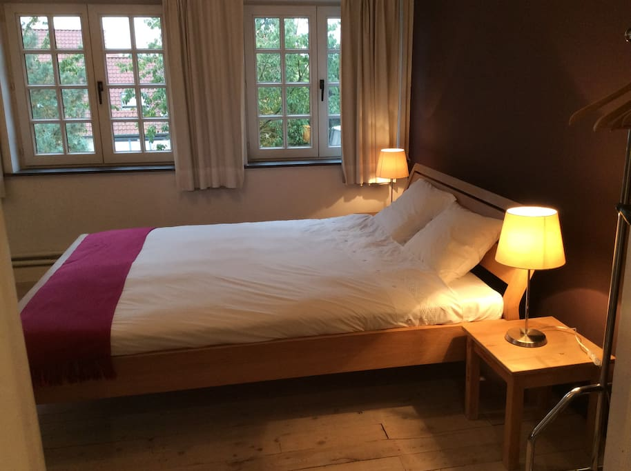 Cosy room in charming house with garden chambres d 39 h tes - Chambre d hote bruges belgique ...