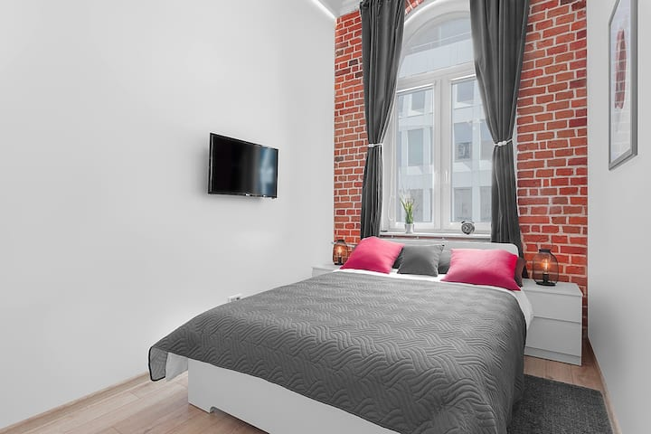 ✦Free PARKING✦ Renovated Apartment in ♡ of Wroclaw