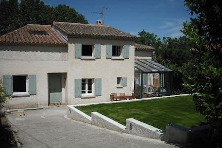 Top 20 des location villa vacances aix en provence - Chambre chez l habitant aix en provence ...