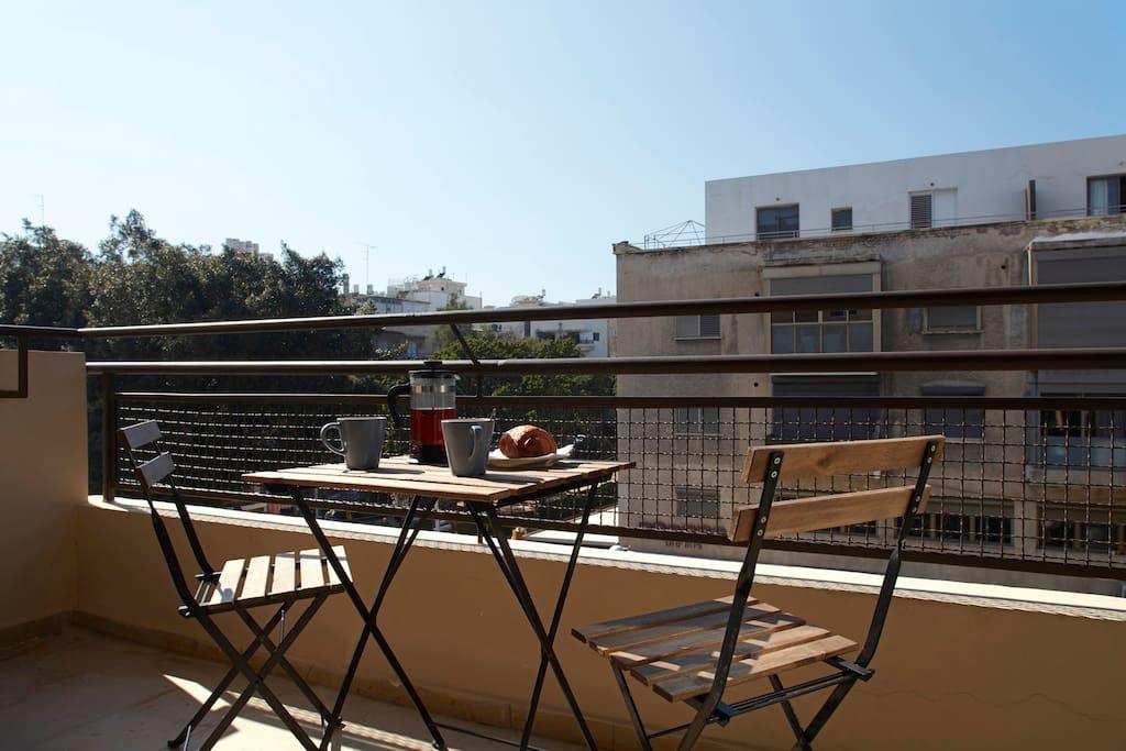 Lovely terrace overlooking Dizengoff and Ben Gurion Boulevard.