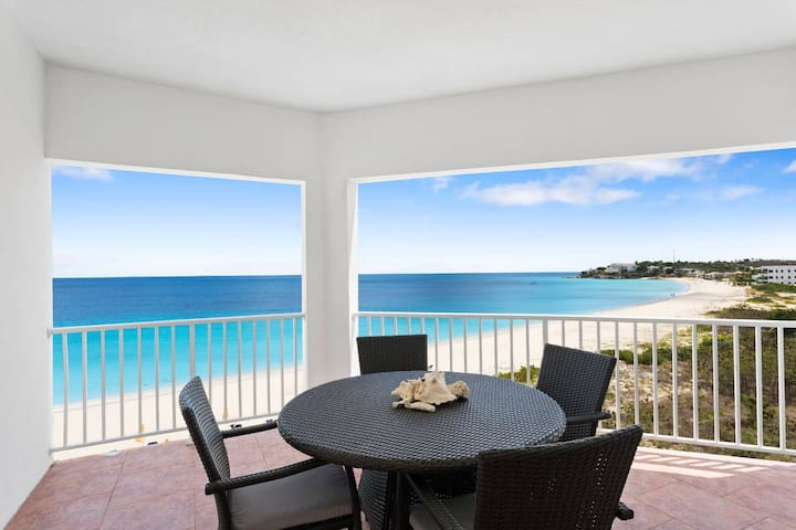 Turtles Nest Beach Resort  - Oceanfront 3 Bedroom condo