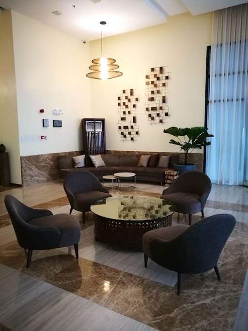 the spacious and luxurious lobby