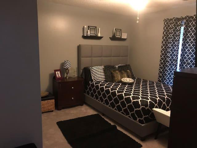 Quiet bedroom, plus private connected bathroom.