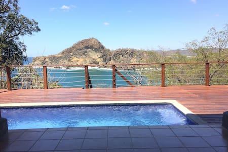 Vista Bahia, Stunning Bay Views in Redonda Bay! - 獨棟