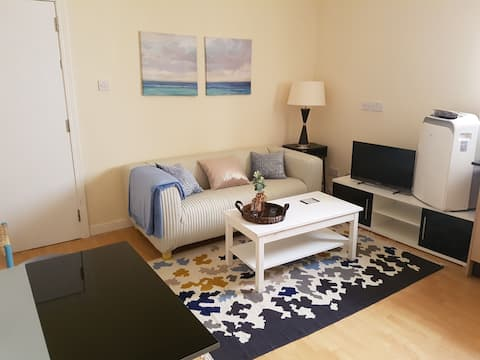 Fantastic two bedrooms flat in perfect location!