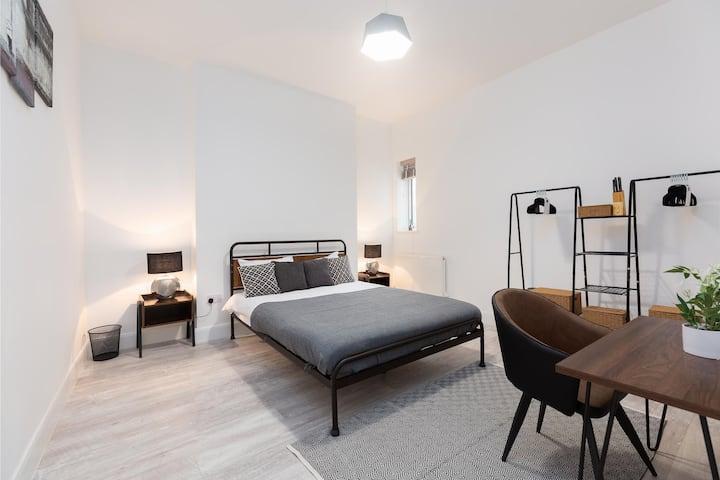 Stylish Double Room In Maida Vale