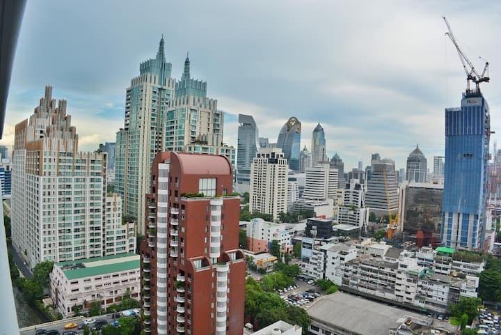 Central Bangkok luxury condominium-21