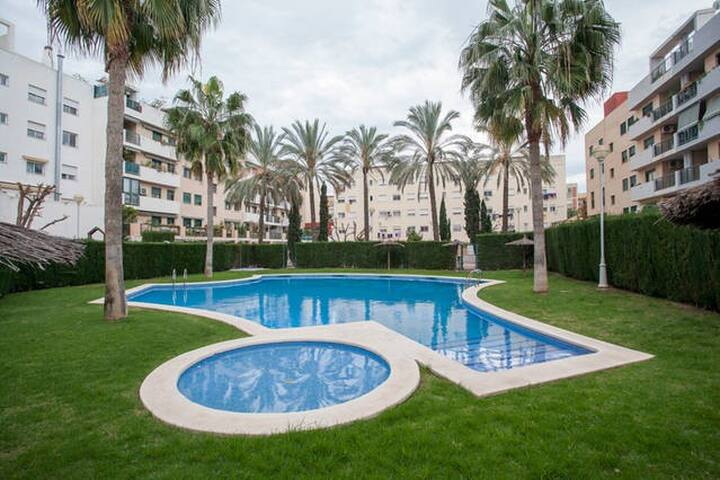 BEAUTIFUL HOME WITH SWIMMING POOL NEAR THE BEACH - Alboraia - Ev