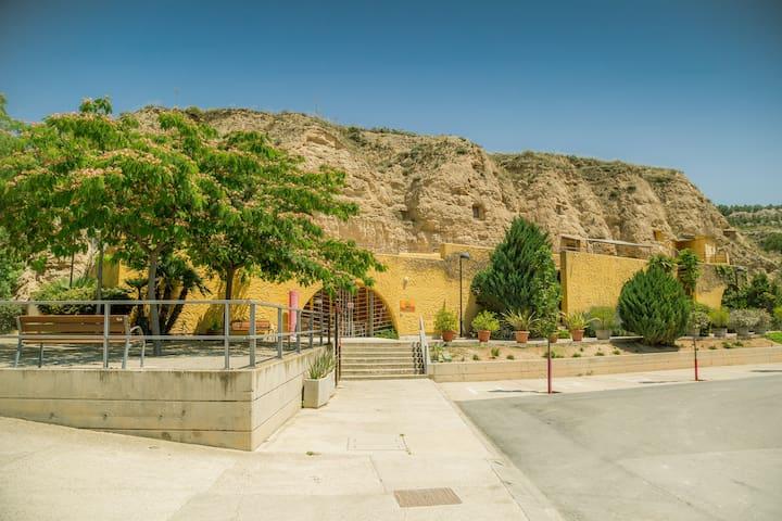 Cave Hotel Bardenas