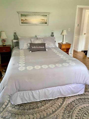 Private Bed & Bath in Scenic Osterville, Cape Cod