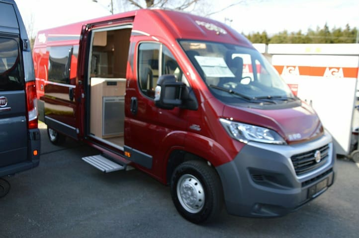 Motorhome, practical, comfortable, weekly rental - 1412 Sofiemyr