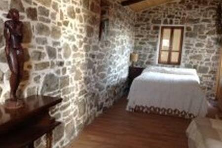 Appartamento in villa con giardino - Riva Ligure