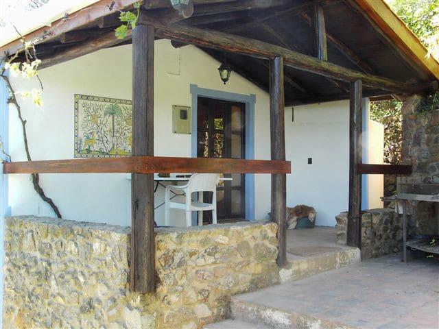 Cottage in beschermd natuurgebied - Monchique - Talo