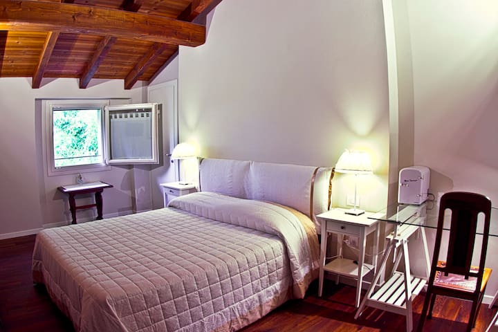 Double room at Locanda del Toro - Breakfast incl. - Calderara di Reno