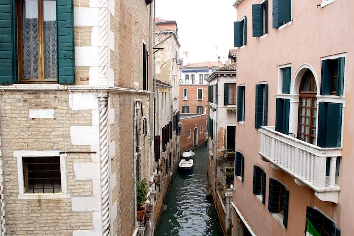 Secret Fenice, in the heart of Venice.