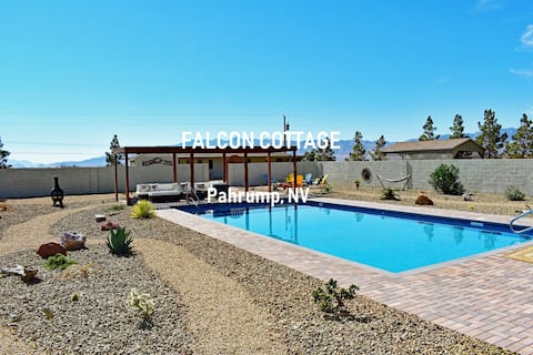 NV Cottage POOL Fire Pit Horseshoes Mountain Views
