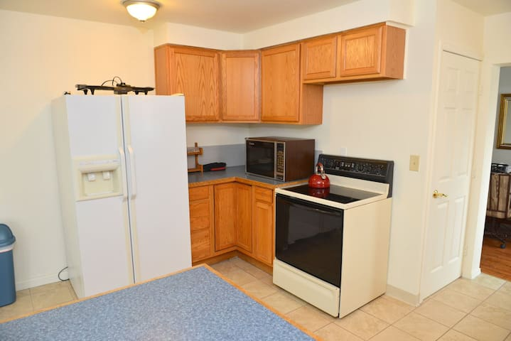 Sleeps 10 And Only 7 Minutes From Downtown - Spokane - House