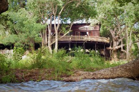 Blyde River Log House