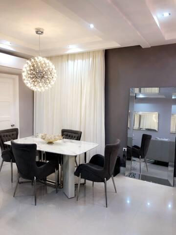 Luxurious Suites JA