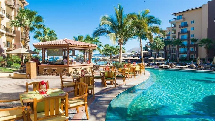 Christmas in Cabo at a 5-Star Oceanfront Resort