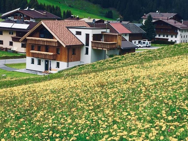 Apartment Hiaseler  Alpine coziness in Tyrol