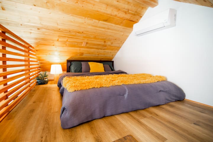 The upstairs Bed